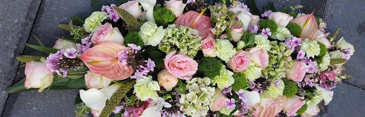 Bestel hier uw rouwboeket in elke maat en kleur